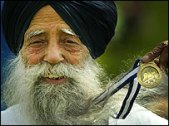 Fauja Singh - official starter at the Edinburgh Marathon 2005